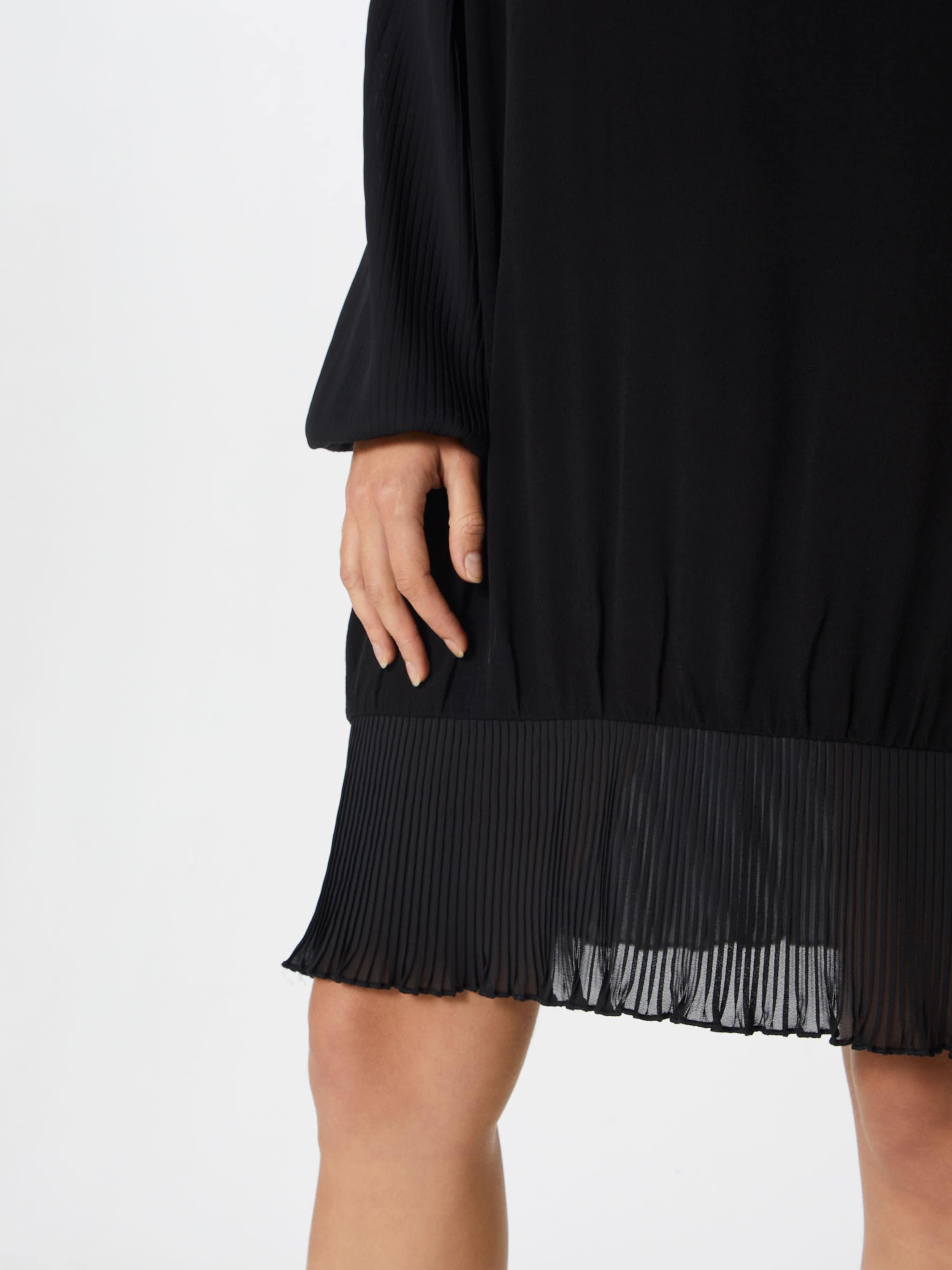 Robe Noir Minimum 'mosia' Minimum En Robe 'mosia' En Noir XwO80NPnk
