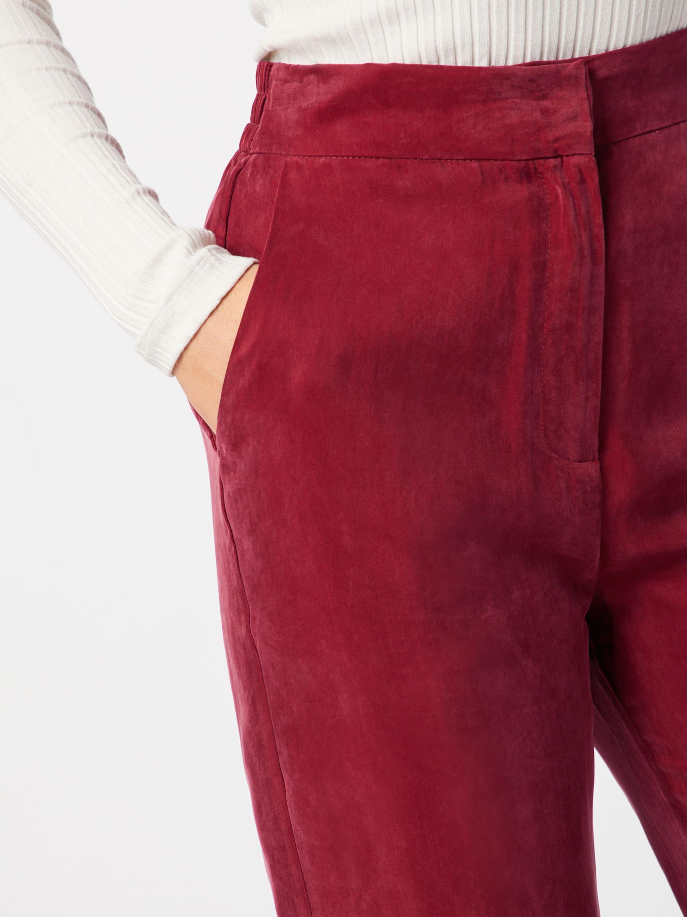 a Rouge Carmin s Y En Pantalon CxtdrhosQB
