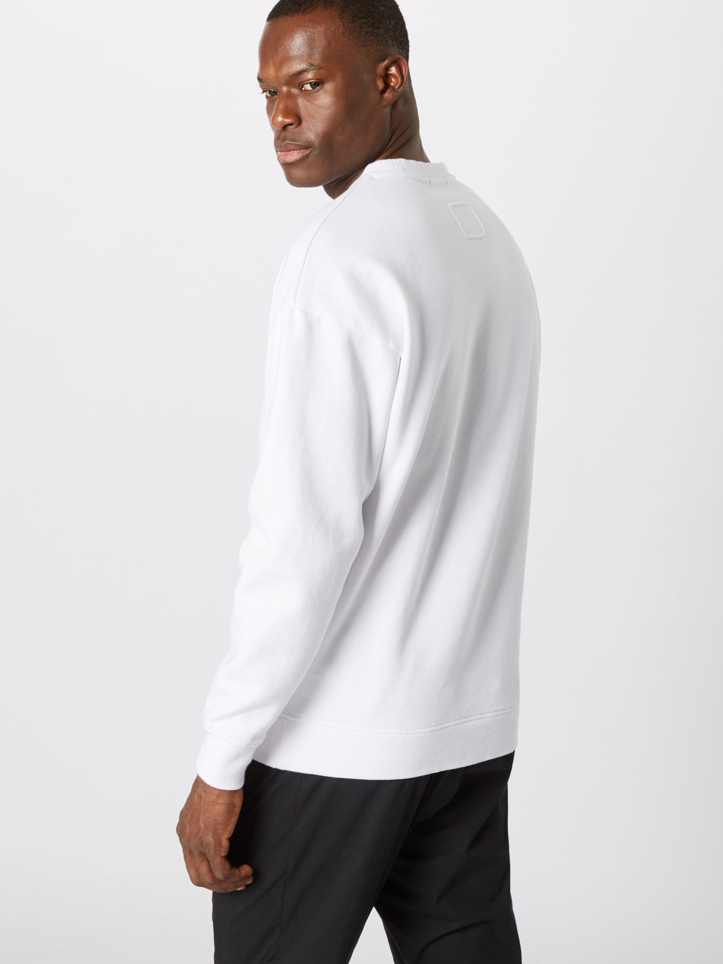 shirt Blanc Sweat Tigha En 'deleg' ynw0PN8Ovm
