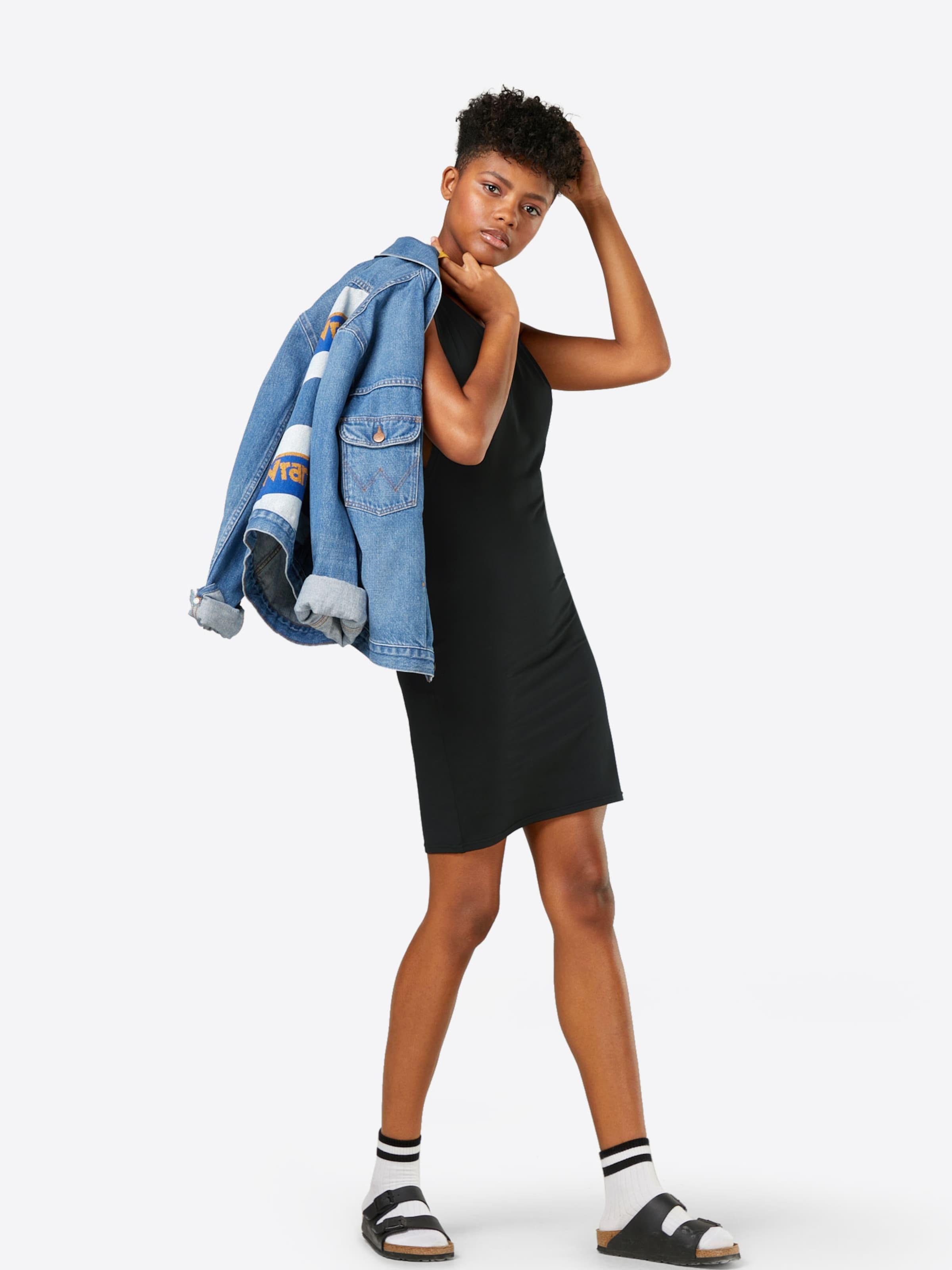Urban Robe Noir Classics Classics En En Urban Robe PmyvN8n0wO