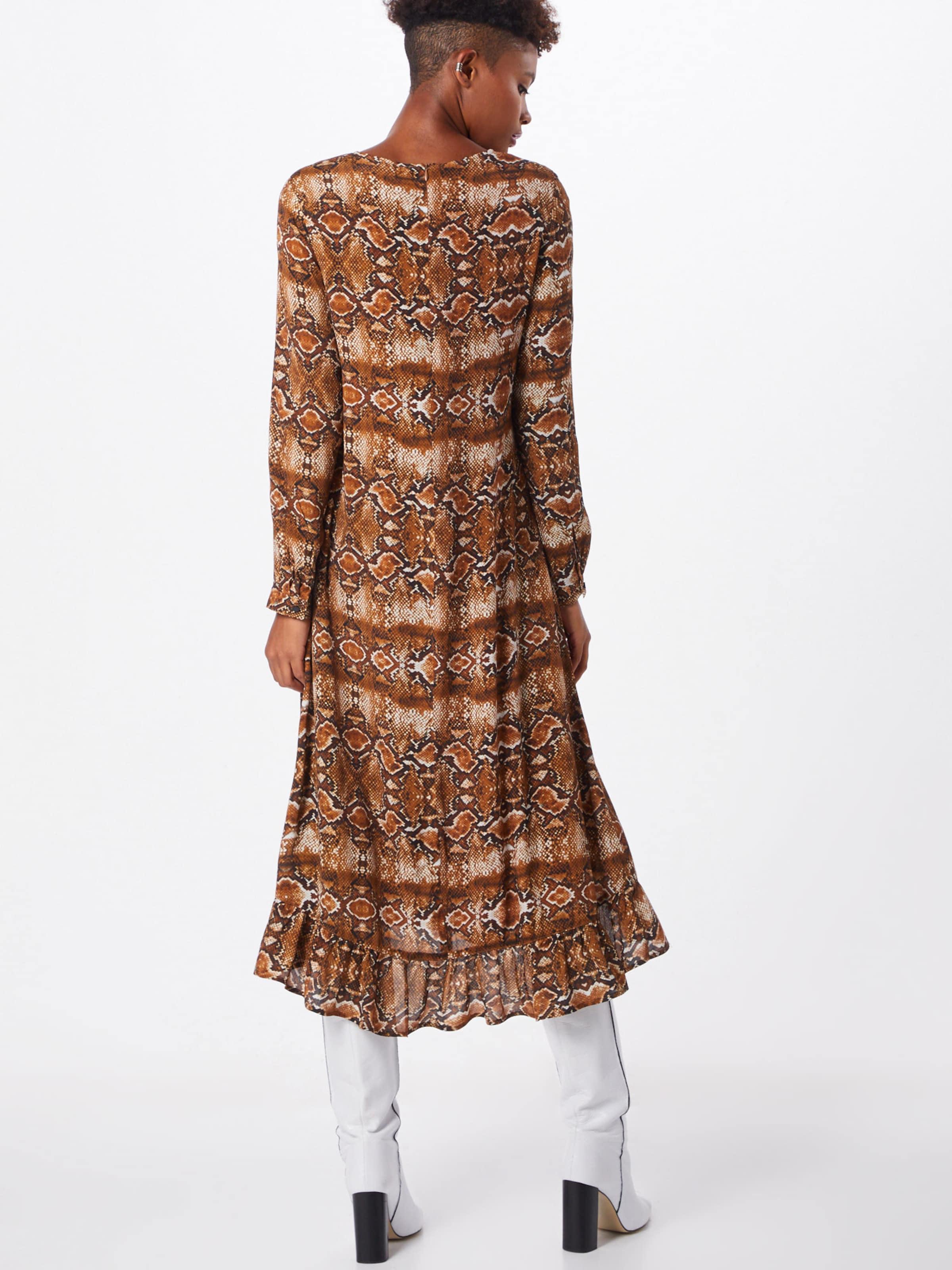 Richamp; Robe Royal Marron Marron Richamp; Richamp; En Royal En Robe rQCBoWdxe
