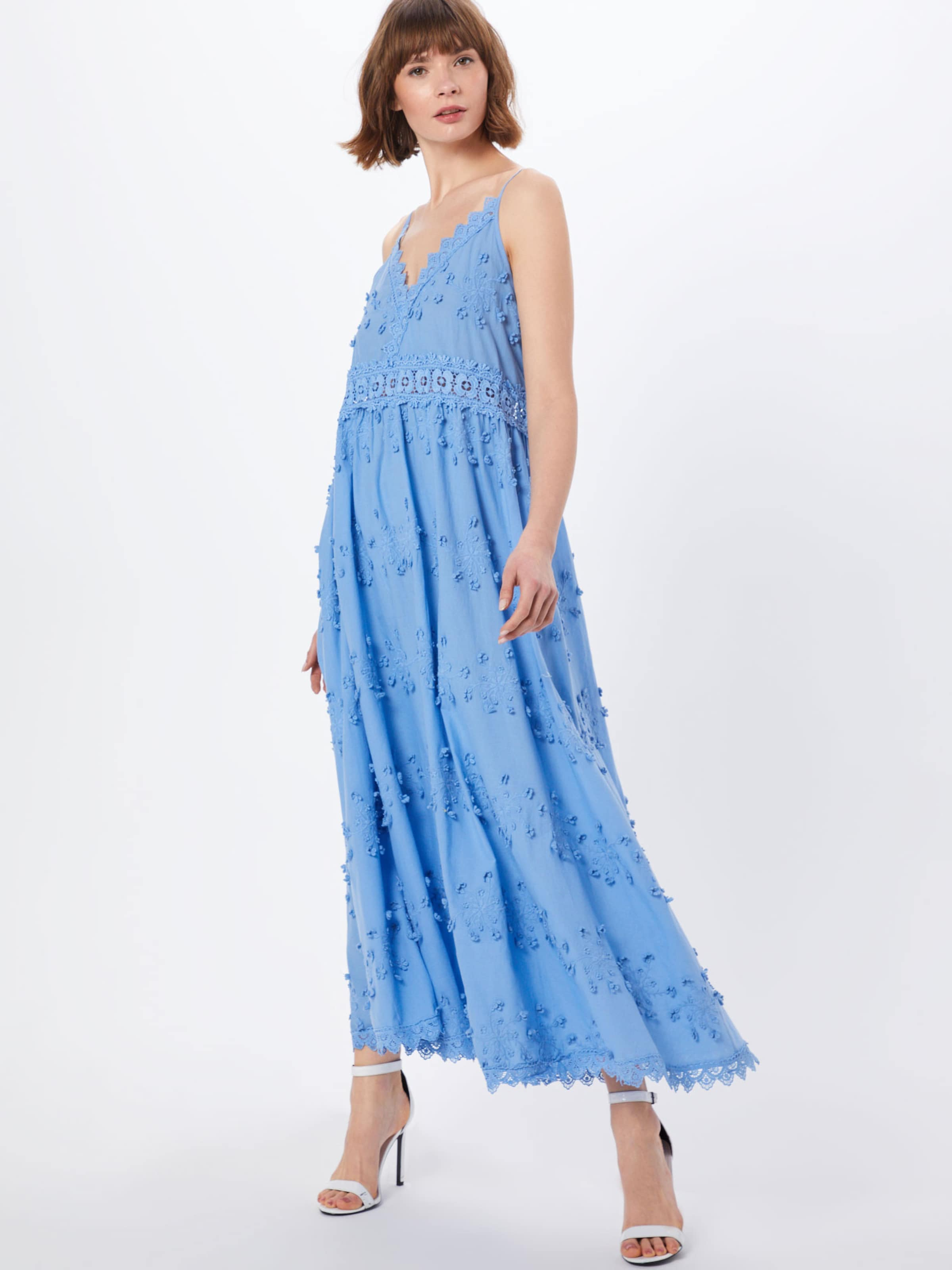 En 'issa' Robe By Malina Bleu qMVLSpGUz