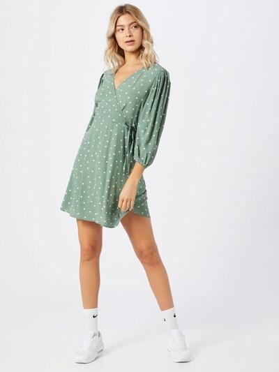 NEW LOOK Kleid in grün / weiß, Modelansicht