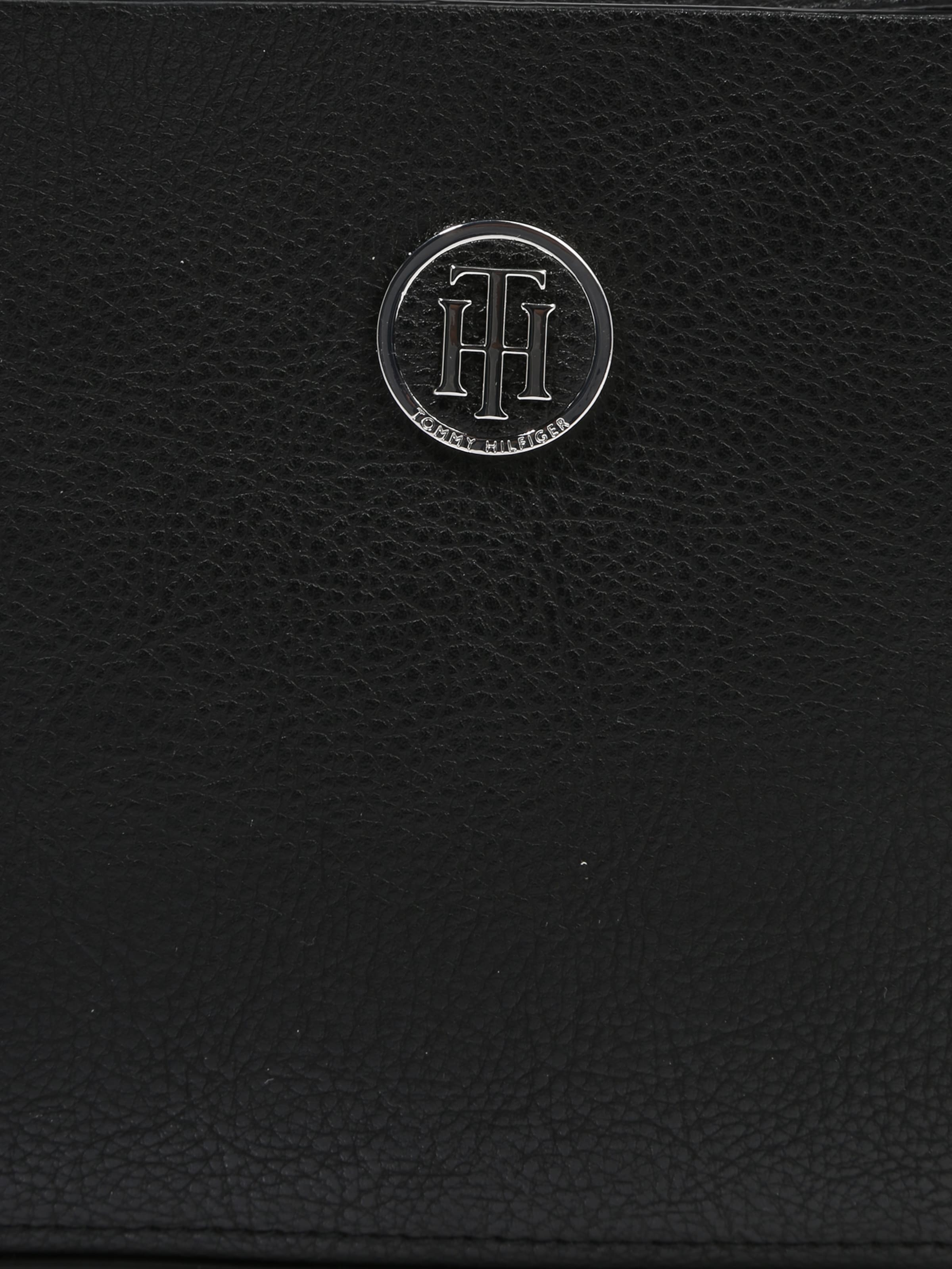 TOMMY HILFIGER Umhängetasche 'CORE CROSSOVER' Billig Verkauf 100% Garantiert Auslass Gut Verkaufen Auslass Freies Verschiffen Austrittsstellen Zum Verkauf Finden Große Günstig Online P6P8gKD