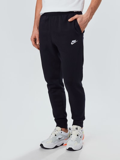 NIKE Jogginghose in schwarz, Modelansicht