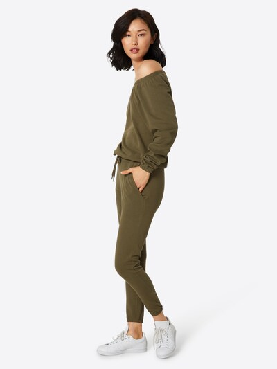 Urban Classics Jumpsuit in oliv, Modelansicht