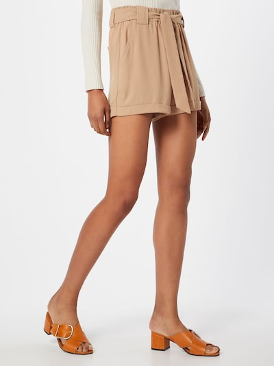 Moves Shorts 'Ullah' in beige, Modelansicht
