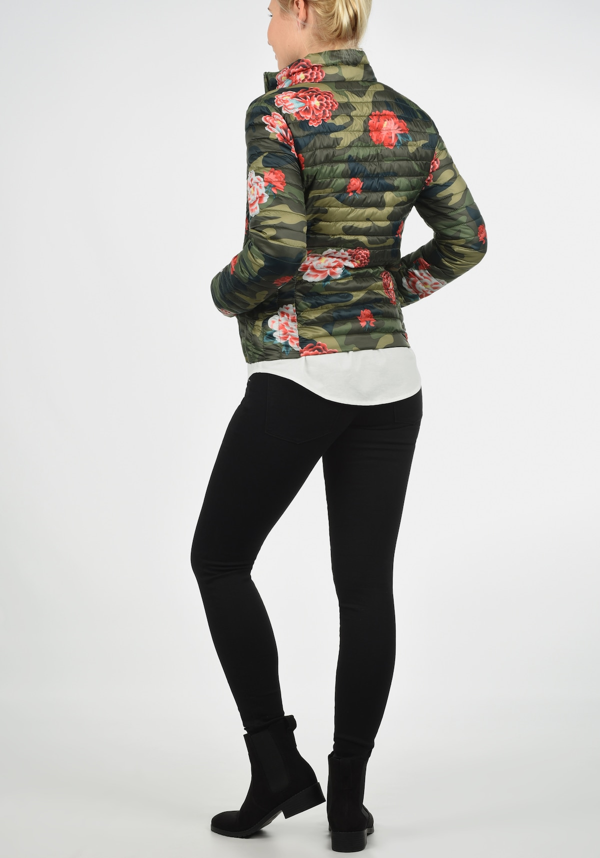 Beliebt Frauen Bekleidung JACQUELINE de YONG Steppjacke 'Britta' in grün Zum Verkauf