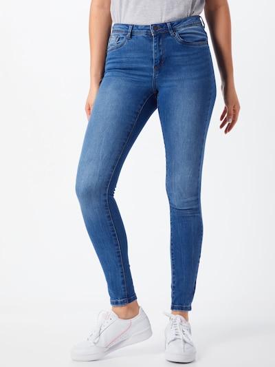 VERO MODA Jeans 'TANYA' in de kleur Blauw denim, Modelweergave