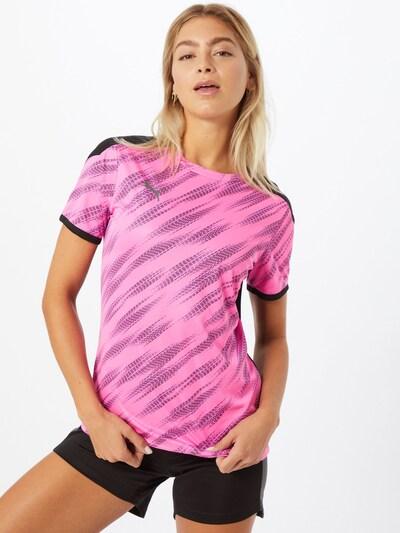 PUMA T-shirt fonctionnel 'FtblNXT' en bleu / rose / noir, Vue avec modèle