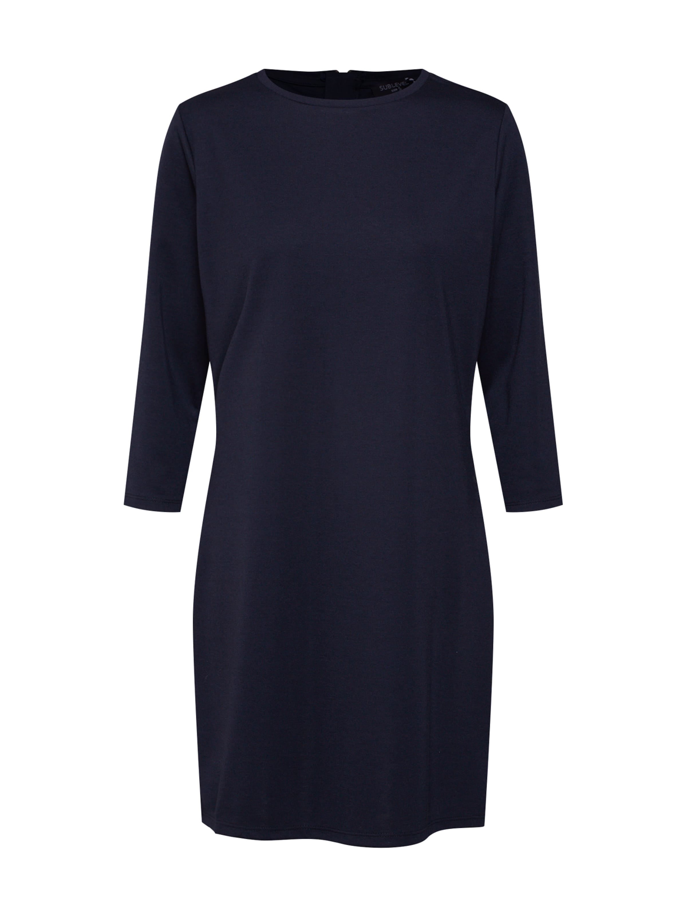 En Sublevel Robe Bleu Sublevel Nuit En Robe rdBCxeo