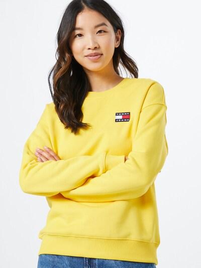 Tommy Jeans Sweatshirt 'BADGE' in gelb, Modelansicht