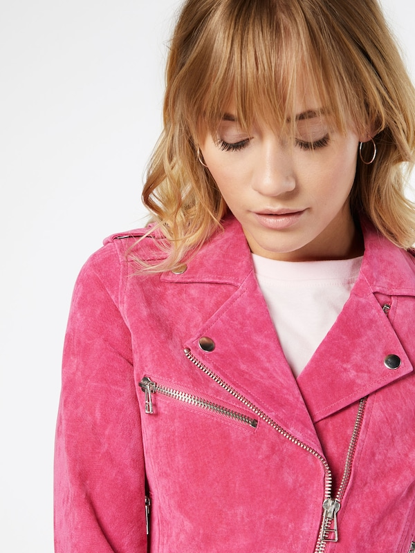 Review Lederjacke 'BELTED VELOURS'