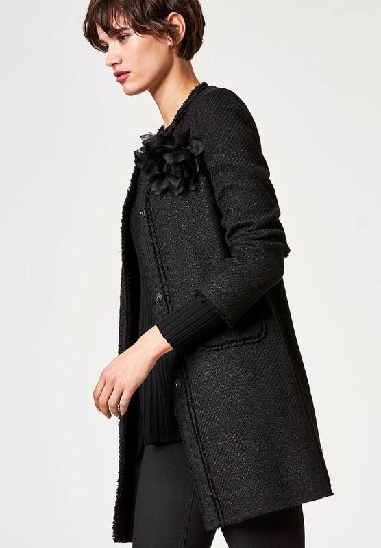 hallhuber boucl mantel mit bl tenbrosche in schwarz about you. Black Bedroom Furniture Sets. Home Design Ideas