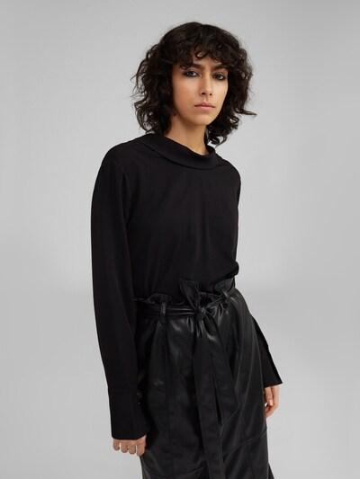 EDITED Bluse 'Evita' in schwarz, Modelansicht