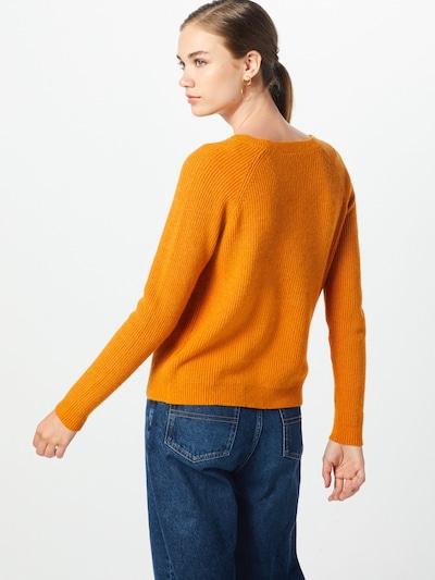 Megztinis iš VILA , spalva - šviesiai oranžinė: Vaizdas iš galinės pusės