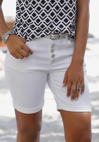 LASCANA Bermuda in Weiß