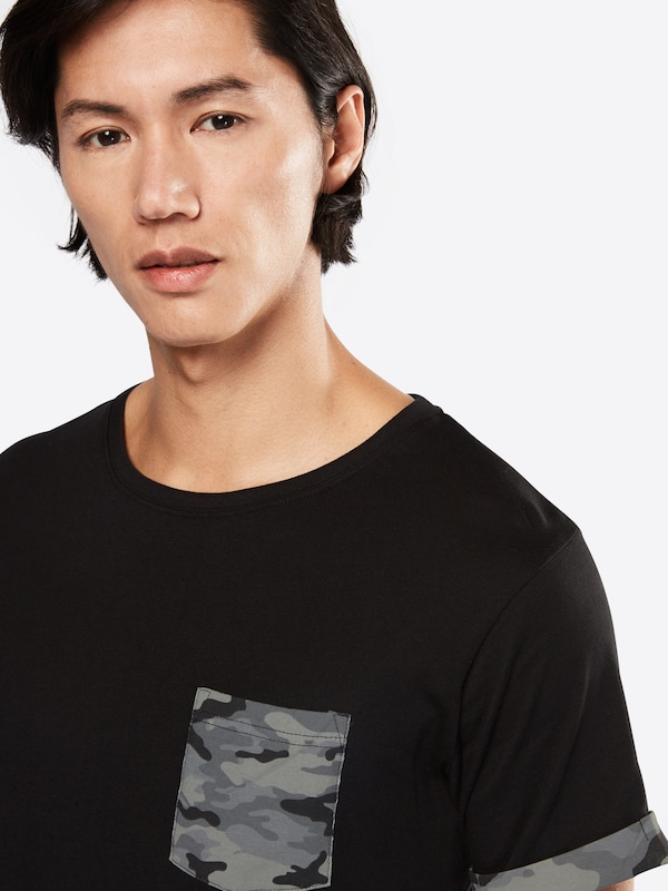 Urban Classics T-Shirt 'Camo Contrast Pocket Tee'