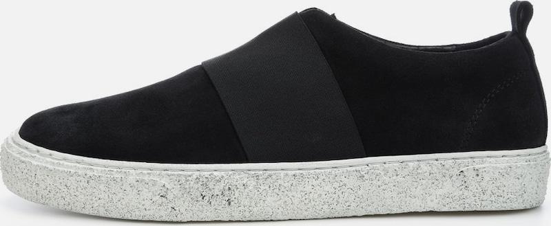Bianco Slip-ons