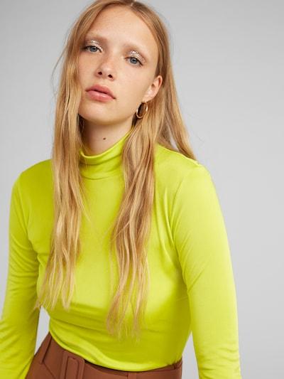 Marškinėliai 'Malala' iš EDITED , spalva - neoninė geltona, Modelio vaizdas