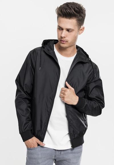 Urban Classics Starpsezonu jaka, krāsa - melns, Modeļa skats