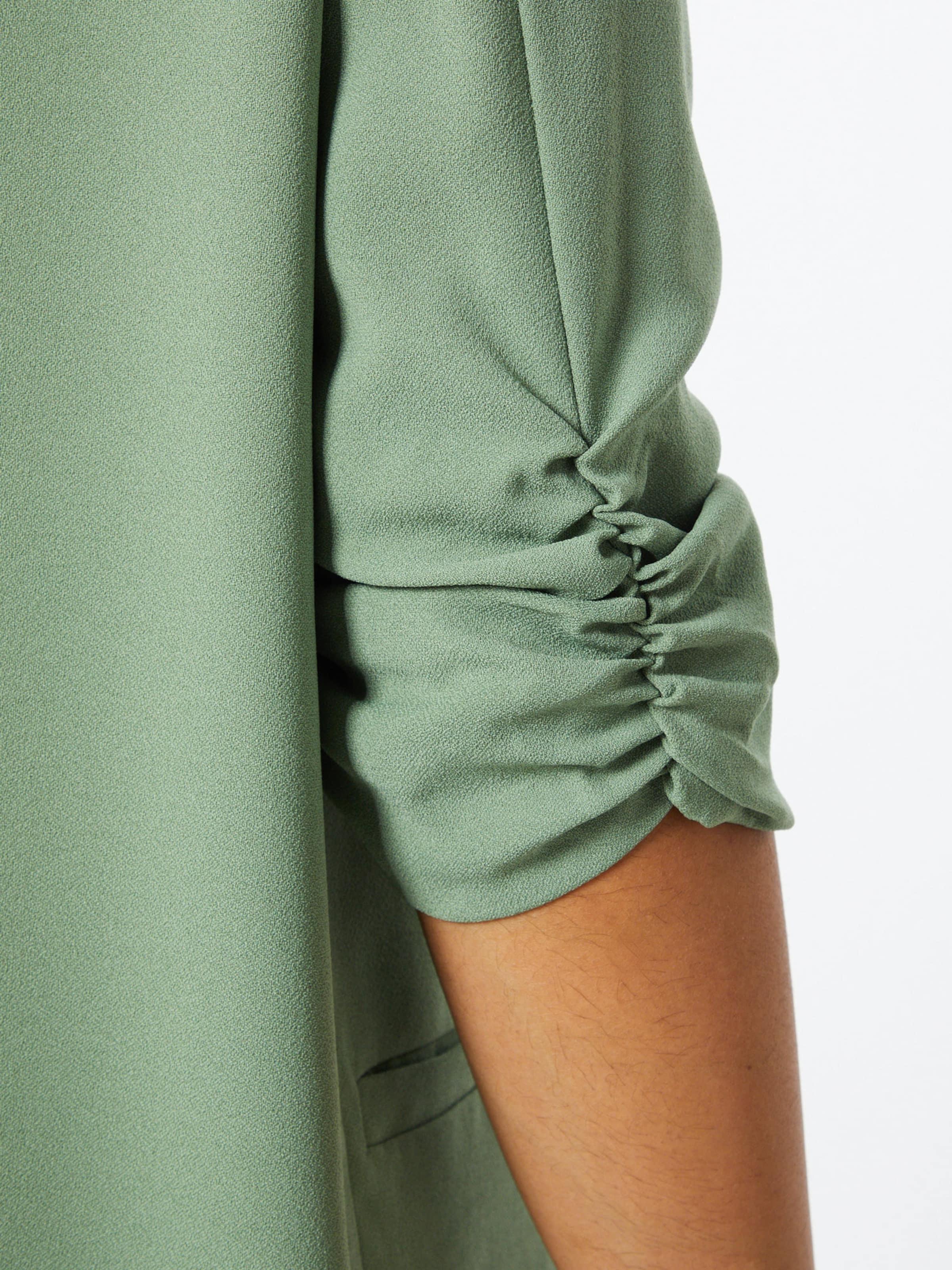 SOAKED IN LUXURY Blézer 'Shirley' zöld színben