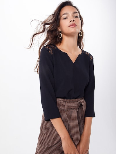 ABOUT YOU Blouse 'Lilia' in de kleur Zwart, Modelweergave