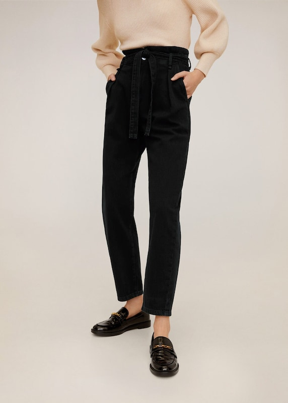 MANGO Jeans 'Carrot' in black denim: Frontalansicht