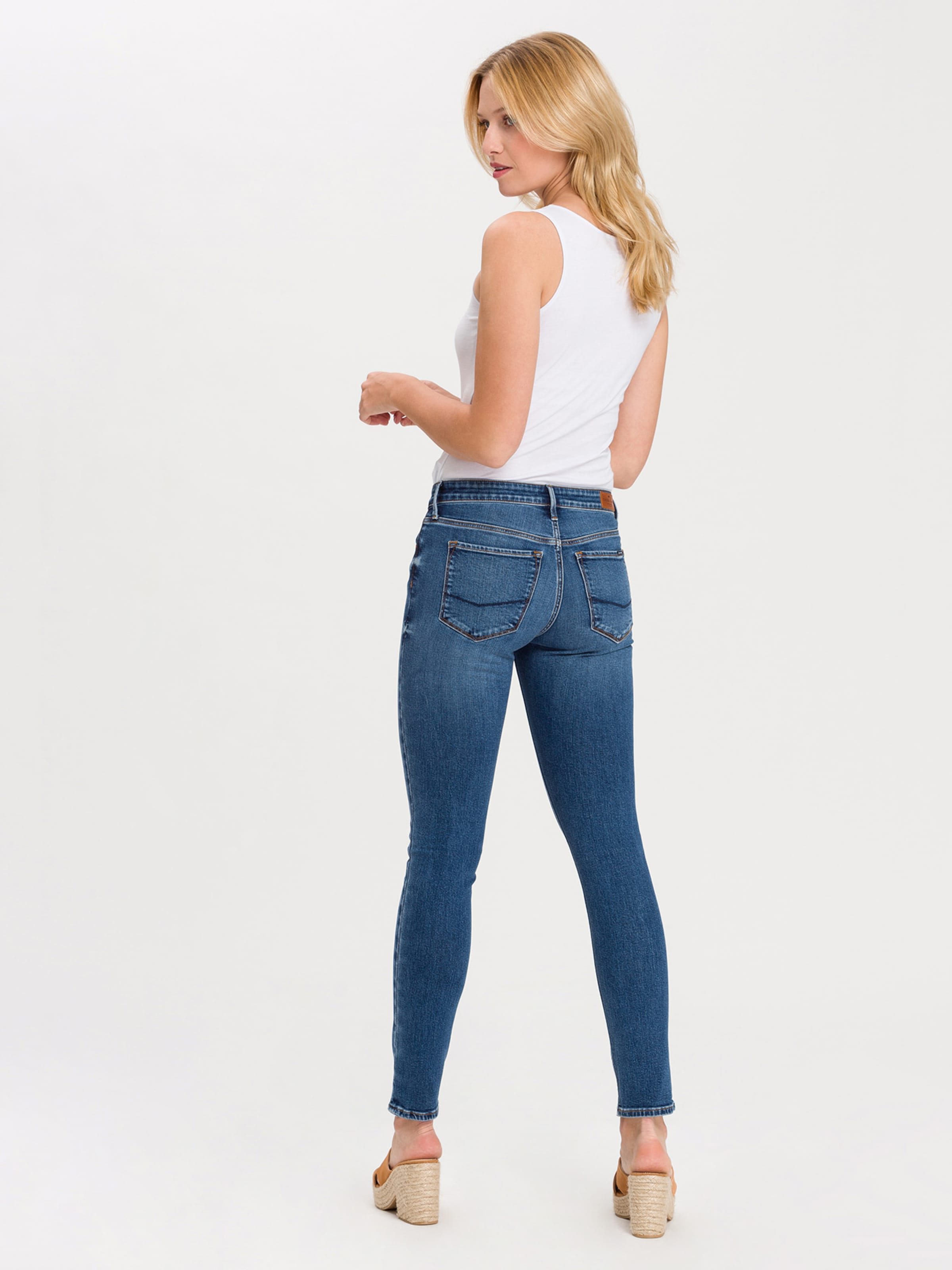 Cross Jeans In Denim 'nancy' Blue ym80OvNnwP