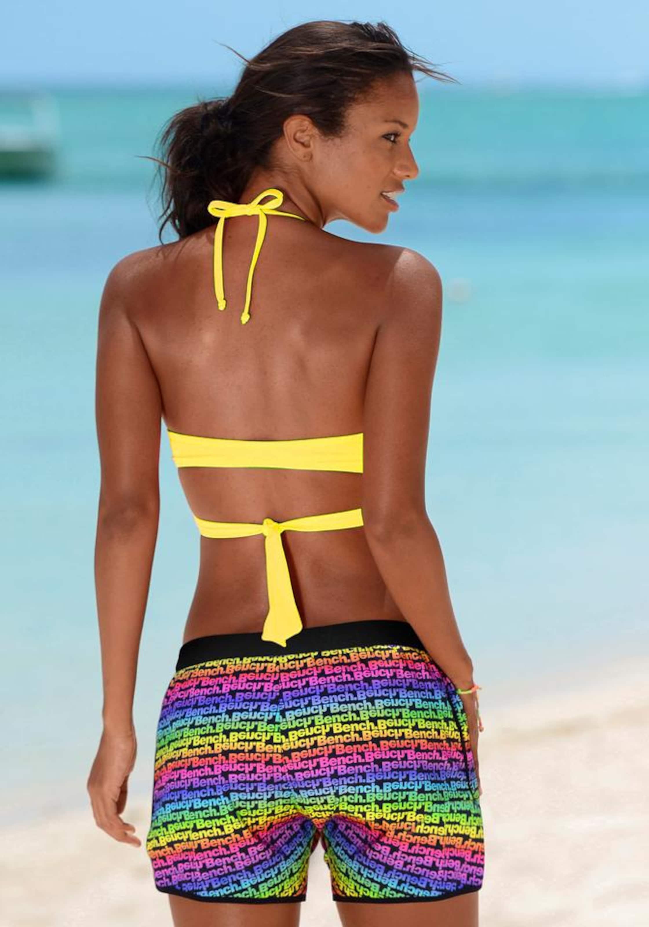 Auslasszwischenraum BENCH Triangel-Bikini in Wickeloptik Aberdeen Rabatt Sehr Billig 776pk5AkFS