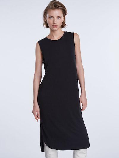 SET Kleit must: Eestvaade