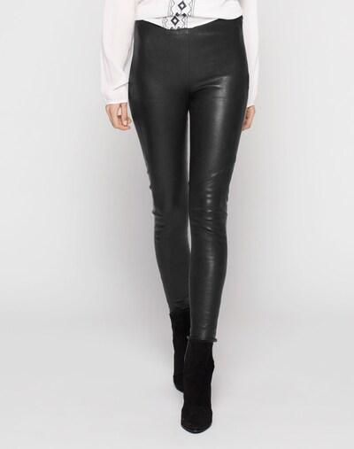 Y.A.S Lederleggings 'Zeba' in schwarz, Modelansicht
