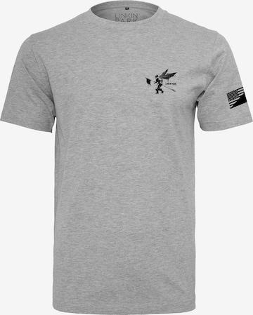 T-Shirt 'Linkin Park' Mister Tee en gris