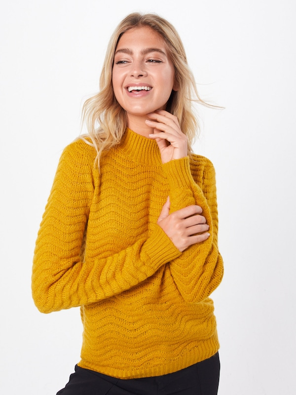 Y.A.S Pullover  'YASBRENTRICE KNIT PULLOVER' in goldgelb, Modelansicht