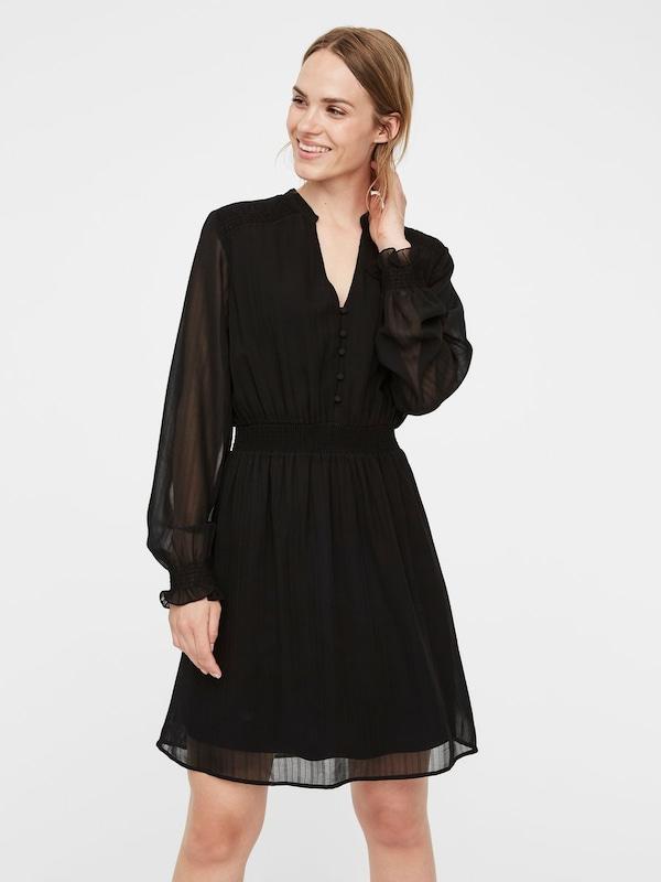 Elegante Materialien 2020:  Kleid mit leicht transparentem Stoff von Vero Moda