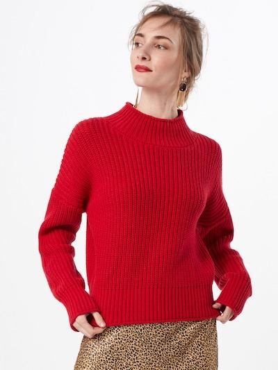 SET Sweter w kolorze czerwonym, Podgląd na modelu(-ce)