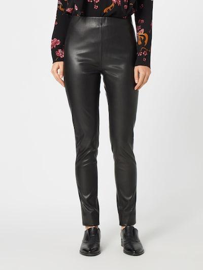 SOAKED IN LUXURY Hose in schwarz, Modelansicht