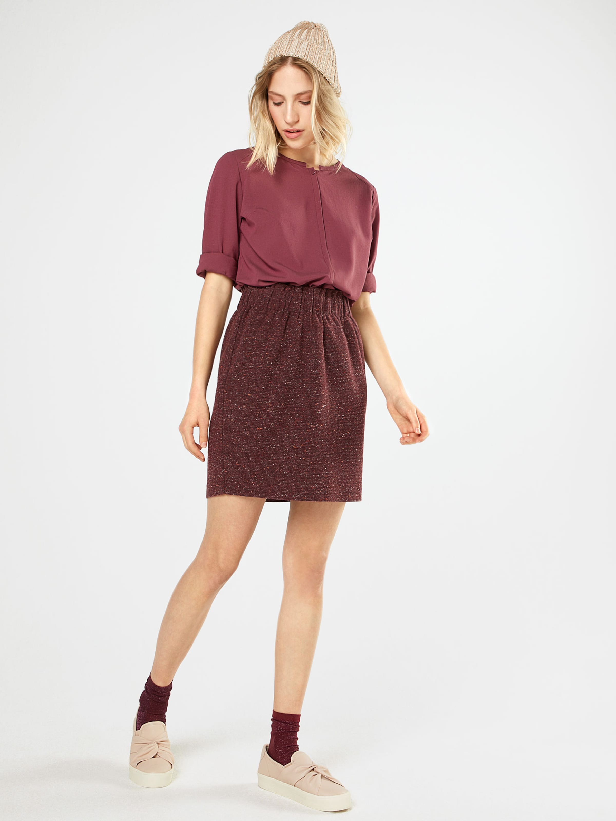 NÜMPH Minirock 'UGNI' Verkauf Des Niedrigen Preises Online Rabatt Mode-Stil lKrwr