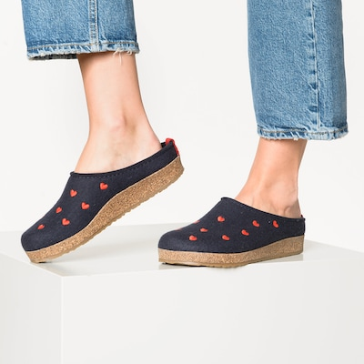HAFLINGER Pantoffeln 'Grizzly Cuoricino' in blau / rot: Frontalansicht