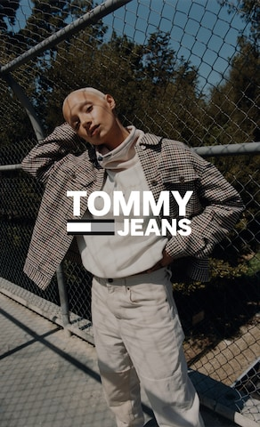 Category Teaser_BAS_2021_CW42_F_Tommy Jeans_Sweat