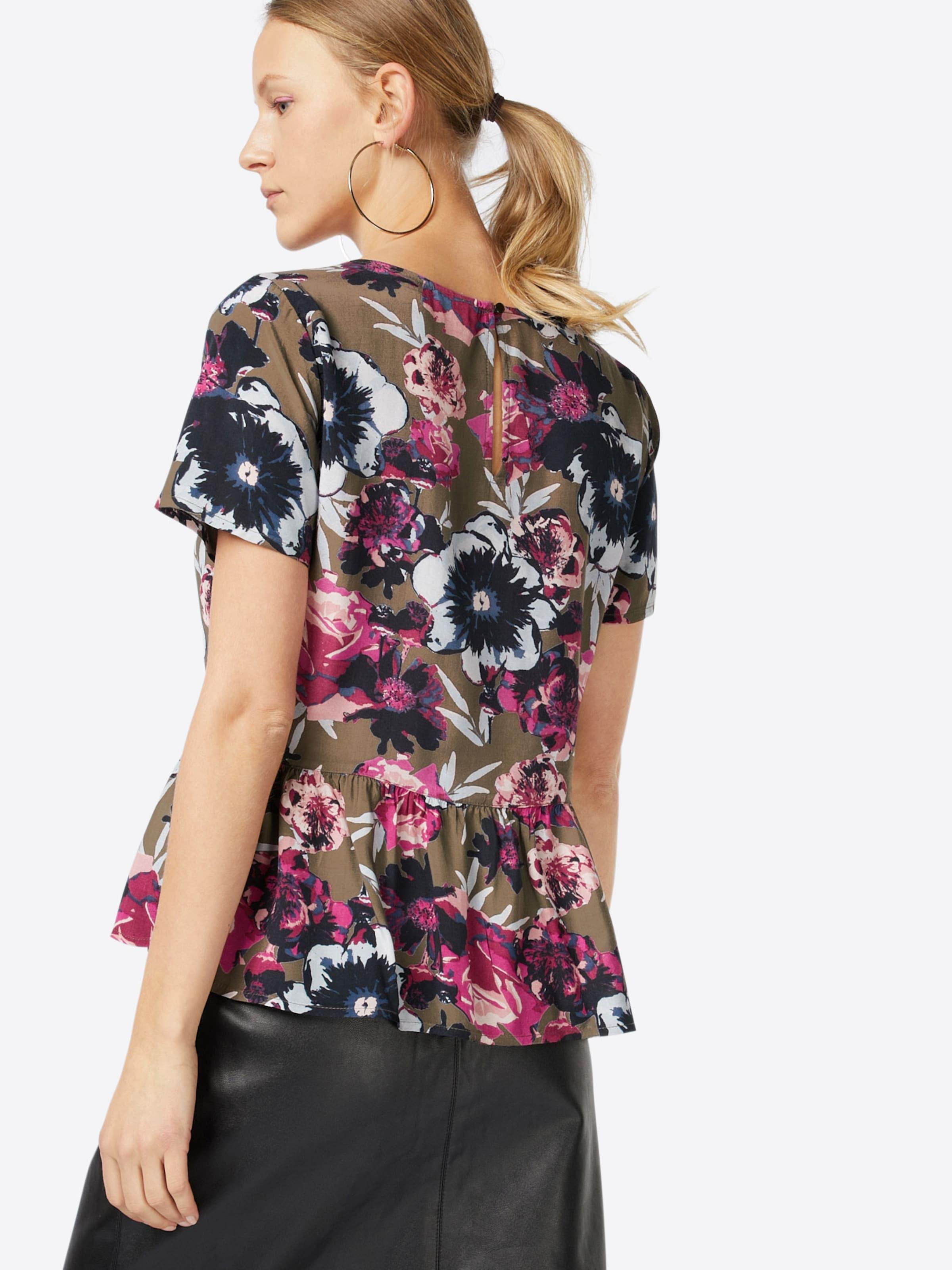 VILA Shirt 'VIASTHA' Outlet Mode-Stil Billig Einkaufen Fabrikverkauf mi1vzVixbJ