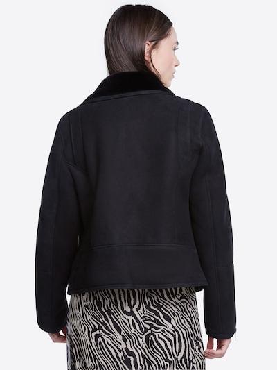SET Prehodna jakna   črna barva: Pogled od zadnje strani