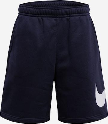Nike Sportswear Shorts in Schwarz