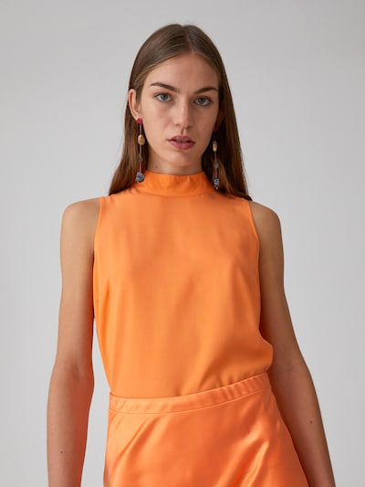 EDITED Bluse 'Maxim' in orange, Modelansicht