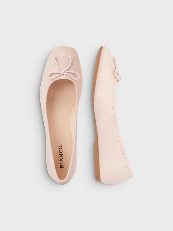 Bianco Class Ballerinas