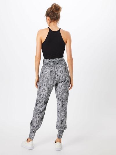 Pantaloni Urban Classics pe negru / alb: Privire spate