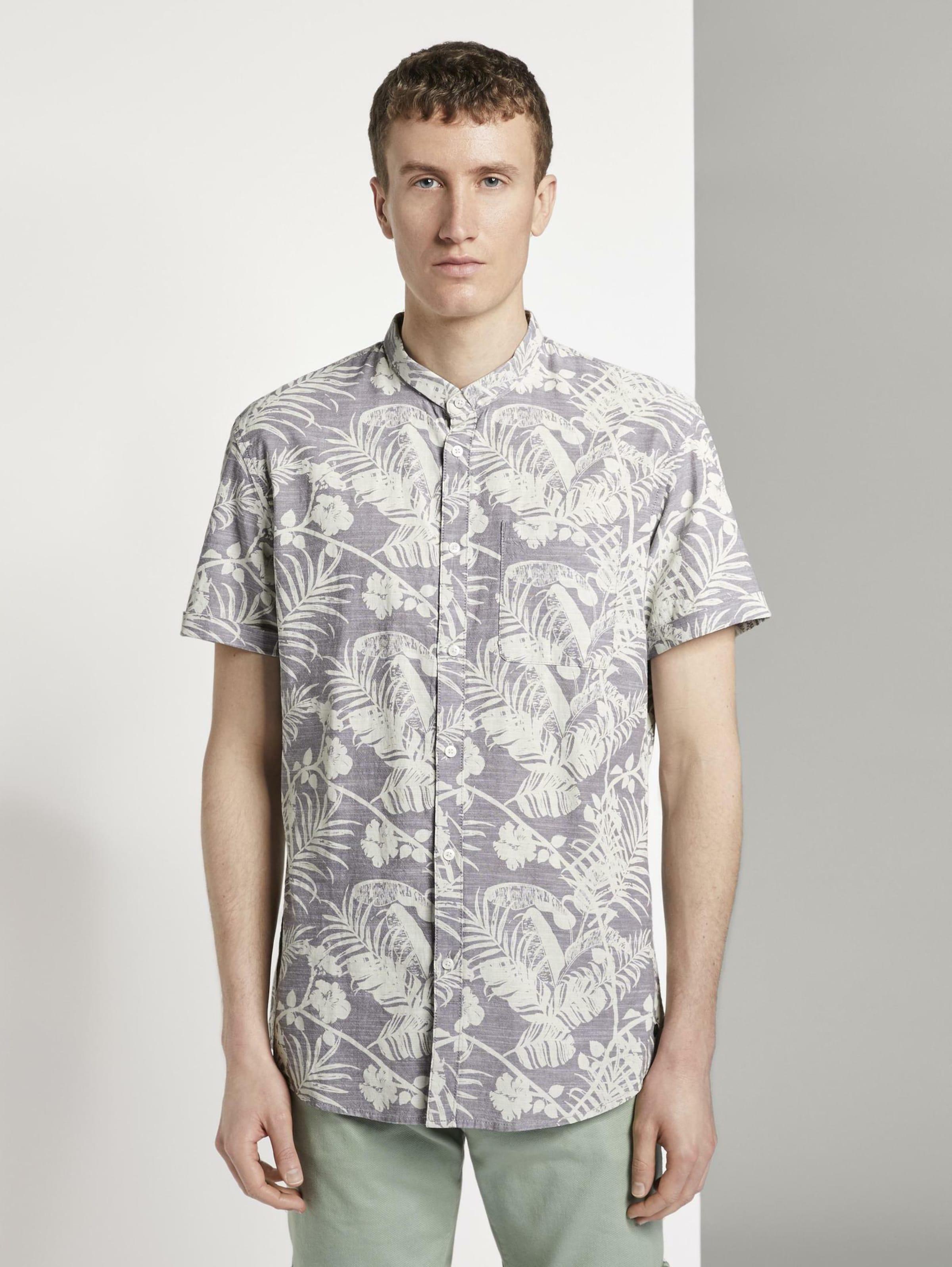 TOM TAILOR DENIM Blusen & Shirts Gemustertes Kurzarmhemd mit Mao-Kragen in beige Geblümt/floral 1018583008