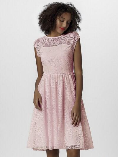 APART Kleid in puder, Modelansicht