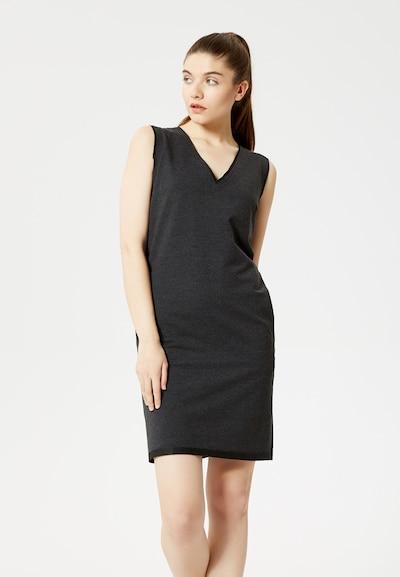 TALENCE Kleid in graphit, Modelansicht