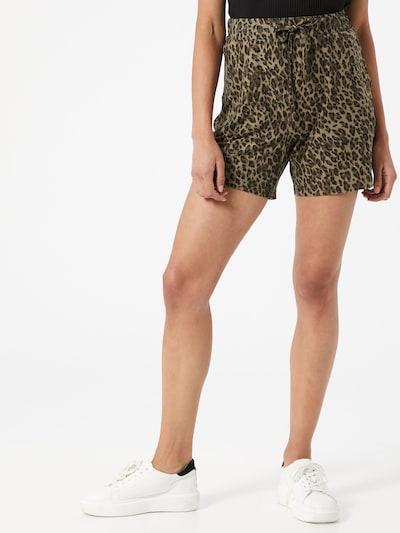 Soyaconcept Shorts 'Gunbrit Aop' in beige / dunkelgrün / schwarz, Modelansicht